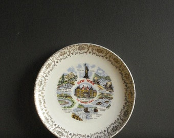 New York Love III - Vintage Souvenir Plate - NY Love