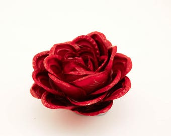 Bottle Cap Rose: Red