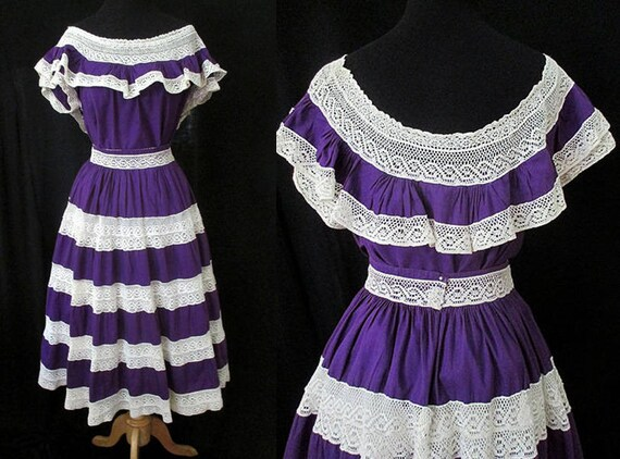 Muy bonita ! 1950's Mexican Style Two Piece Patio Dress with Crochet Lace VLV Rockabilly Pinup Girl Vintage Fiesta Dress Size Small