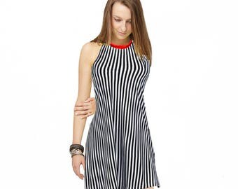 Summer striped dress with red neckline  (D7)