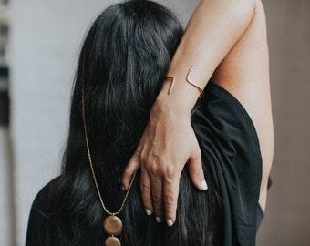 GEMINI Cuff / Minimal Hammered Brass Bracelet