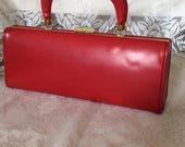 Vintage 1950s 1960s Handbag Purse Red Vinyl MOD Style Lightweight 2 Inside Compartments