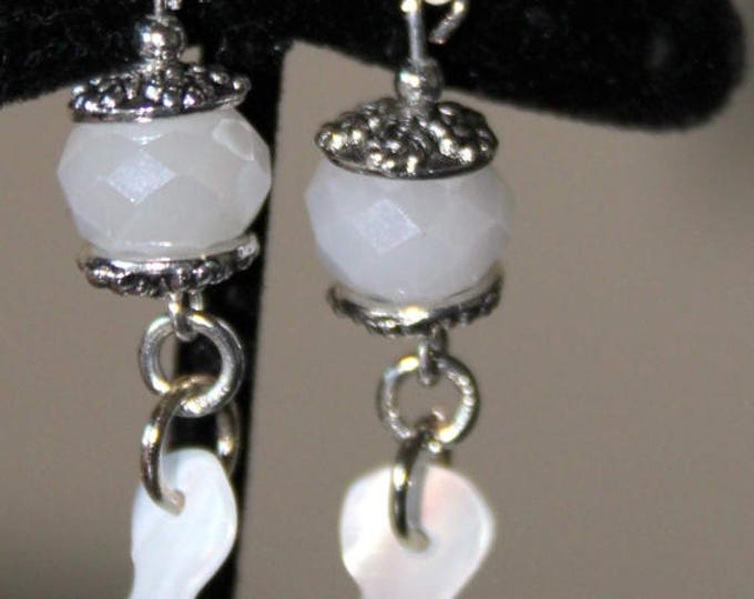 White Shell Leaves Earrings