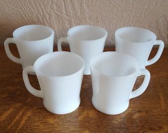 5 Mugs Classic Fire King Anchor Hocking - White Milk Glass - Oak Hill Vintage