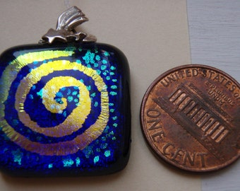 Dicroic Glass Pendant Circle of Life Design