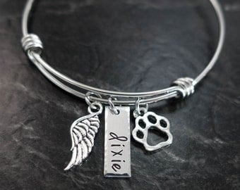 Pet Memorial Jewelry / Charm Bracelet / Forever my fur baby / Wire Bangle / Pet Memorial Bracelet / Loss of Pet / Wire Bangle