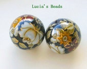NEW Gorgeous Pair 16 MM Antique White Rose on Black Japanese Tensha Beads  (TBAW001)