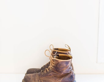 DOC MARTENS brown leather grunge lace ankle combat boots - men's size 11