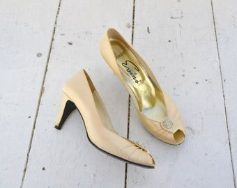 1960s Evins Champagne Satin Heels, Size 7 1/2 AAAA