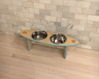 Surfboard Pet Dish Holder