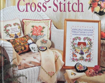Hearts and Flowers Cross-Stitch Book, By Better Homes and Gardens, Vintage 1995