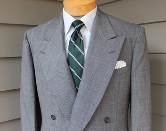vintage c. 1955 -Progress Tailoring Co.- Men's Double Breasted suit jacket.  Gray - All wool. Size 39 - 40 Reg