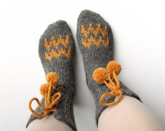 EU Size 35-36 - Nand Knitted Wool Socks With Pompons and Zigzags - 100 % Natural Wool