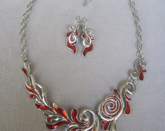 Ruby Red and Silver Contemporary Swirling Leaf Necklace Set