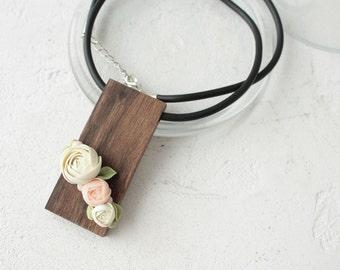 White Pink Wood Nutwood Polymer Flower Pendant Necklace Wholesale Plants Arrangement Succulent Jewelry Wedding Bridal Mothers