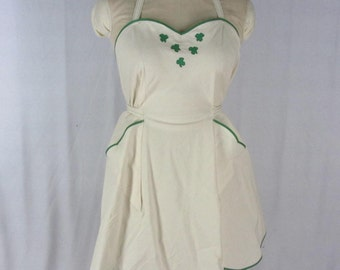 Vintage Style Irish Shamrock Embroidered Apron L Off White Muslin Green Appliques