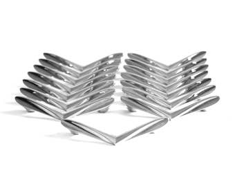 V Shaped Drawer Pulls Chrome Cabinet Hardware 1950s 1960s Mid Century Decor Atomic Vintage Chevron Boomerang