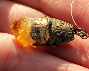 Gypsy Charm Pendant, CITRINE Quartz amulet, witchy jewelry, Rustic gold necklace. healing stone, pendant, magic raw gemstone, shabby chic