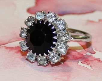 Vintage Vintage Sarah Cov, Black Glass and Rhinestone, Adjustable Ring