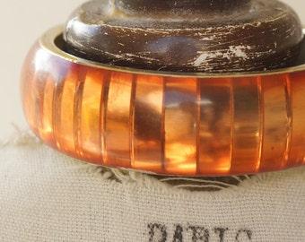 ORANGE RESIN BANGLE - Vintage Indian style orange resin bangle - metal bangle inlaid with orange resin - vintage orange bangle