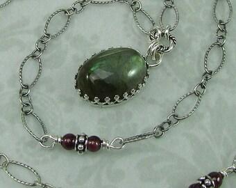 Labradorite vintage style pendant necklace - sterling silver filigree bezel pendant -  Victorian style gemstone necklace - boho necklace