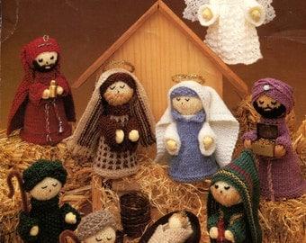Leisure Arts Nativity Scene Doll Cosutmes Knitting Instruction Booklet