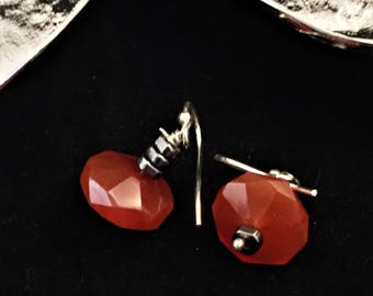 Carnelian earrings, drop earrings, dangle earrings, orange earrings, gemstone earrings, sterling silver earrings, carnelian drop earrings