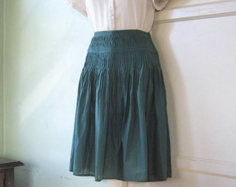 Small Forest Green Cotton Knee Length Skirt~Vintage '80s Swingy Green Skirt; Free Shipping/U.S.