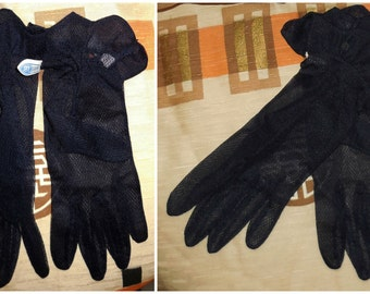 DEADSTOCK Vintage 1950s Sheer Nylon Gloves Dents Gloves Navy Blue Ruffle Unworn Rockabilly Pinup Wedding NWT Made in Germany sz 6 1/2