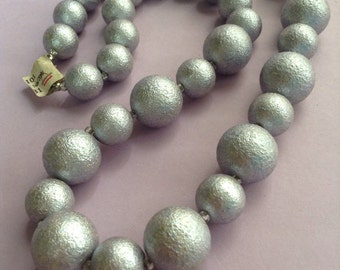80's NWT Metallic Lilac Colored Large Bead Necklace, large beads, Disco, 80's jewelry, Greece