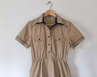 vintage 70s shirtwaist dress khaki dress capped sleeve dress retro brown dress boy scouts dress tan dress with navy piping waitress M / L