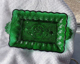 Anchor Hocking Forest Green Handled Relish Dish, Green Glass Rectangle Glass Dish, Emerald Pressed Glass Serving Tray, Embossed Bubble