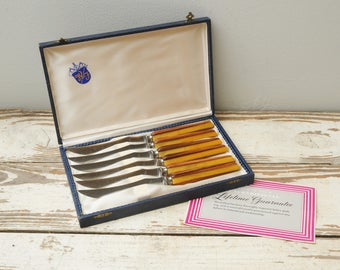NOS Washington Forge Steak Knives Bakelite Wood Inlay Butterscotch