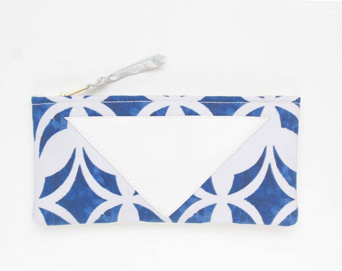 Cotton pouch-natural leather pouch-graphical print-white blue-make up bag-cosmetic purse-bag organizer-small purse-zipper pouch / /FLARE 120