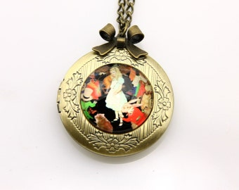 Necklace locket alice in wonderland 2020m