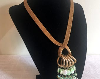 Mesh Rope Necklace/Mesh Chain Tassel/St Patrick's Day Green Beads/60's Goldtone Mesh & Green Beads/Runway Necklace//Green Beads Tassel/