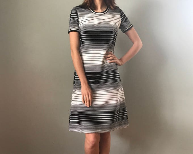 Vintage 70s Mod Op Art Black & White Dress