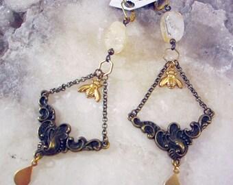 Citrine honeybee  earrings, Geometric Pattern, diamond, Honeycomb Earrings, Hexagon, natural eco friendly summer jewelry, unique jewelry