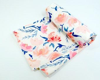 Baby Blanket, toddler blanket, Modern, flowers, floral, girl, gift, new baby, 100% coton, organic cotton fleece, boho baby, navy, pink,