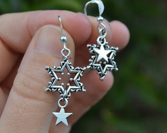 Mismatched star earrings silver, mismatch earrings, celestial earrings, dangle dainty earrings, simple star earrings celestial jewelry