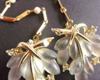 Frosted Glass Leaves Sweater Clip, Bar Pearl Chain, Vintage