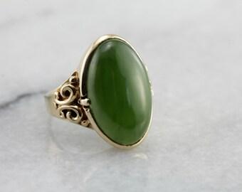 Vintage Jade Statement Ring in Yellow Gold 3J6XN6-R