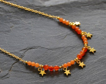 Gold charm necklace, Orange Agate beaded necklace, Layered charm necklace, Orange gemstone necklace, Boho chic jewelry, Gift for Mom, 1161
