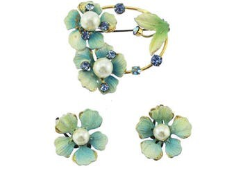 Blue Enamel Pansy Brooch and Earring Set, Pearl Flower Brooch and Earrings, Blue and Pearl Brooch, Blue Pansy Pin, Blue Enamel Flower Pin