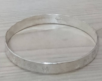 Vintage sterling silver Mexican bangle