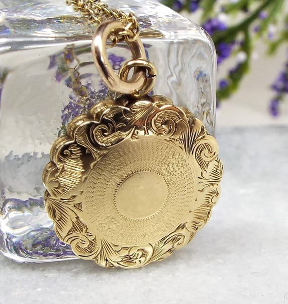 Antique / Victorian 9ct Gold Ornate Memento Mori Hair Mourning Locket Necklace