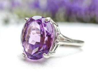Natural Amethyst Oval Cut Ring in 925 Sterling Silver *Free Worldwide Shipping*