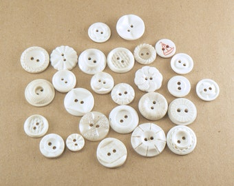 25 Vintage Buttons - White Plastic Buttons Mix - Mixed Vintage Sewing Buttons - Molded Plastic Button - White Assorted Buttons #4