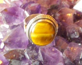 Tigers Eye and Sterling Silver Ring..... size 8