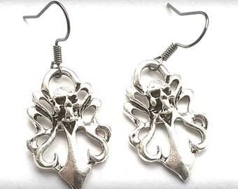 Skull gothic rocker Earrings